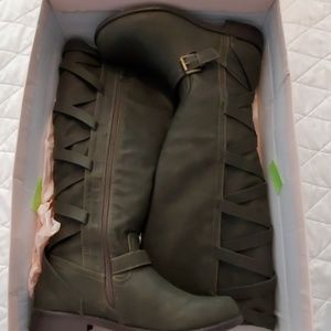 JustFab Grey Tall Boots Size 8.5